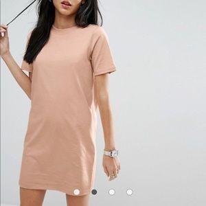 ASOS Open Back T-Shirt Dress with V Back Sz 6
